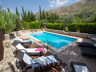 4 bedroom Villa in Case Boscia, Sicily, Italy : ref 5247385