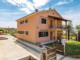 2 bedroom Apartment in Rubesi, Primorsko-Goranska Zupanija, Croatia : ref 567354