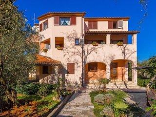 1 bedroom Apartment in Valbandon, Istria, Croatia : ref 5574349