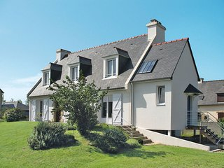 2 bedroom Apartment in Cancale, Brittany, France : ref 5650002