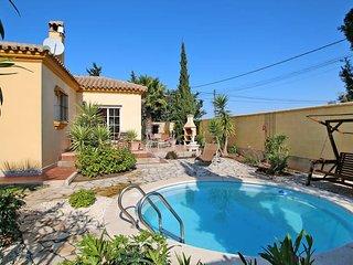 2 bedroom Villa in Chiclana de la Frontera, Andalusia, Spain - 5436201