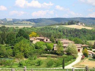 2 bedroom Apartment in La Strolla, Tuscany, Italy : ref 5651189