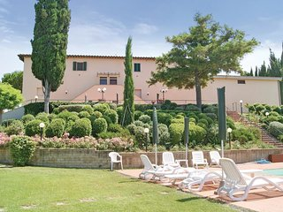 2 bedroom Apartment in Coiano, Tuscany, Italy : ref 5566838