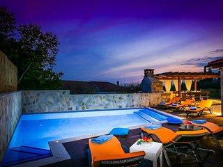 5 bedroom Villa in Zastolje, Dubrovacko-Neretvanska Zupanija, Croatia : ref 5334