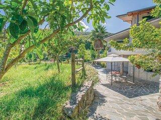 2 bedroom Villa in Gasponi, Calabria, Italy : ref 5571454