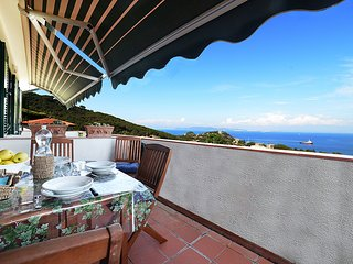 1 bedroom Apartment in Cavo, Tuscany, Italy : ref 5555490