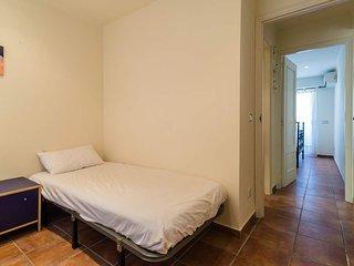 Calella de Palafrugell Apartment Sleeps 4 with Air Con - 5247051