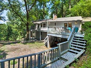 NEW! Spacious Franklin Home w/Long Range Mtn Views