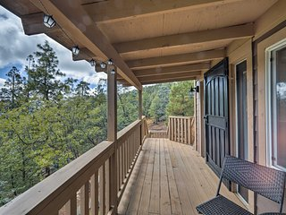 NEW Home w/Decks&Mtn Views in Prescott Natl Forest