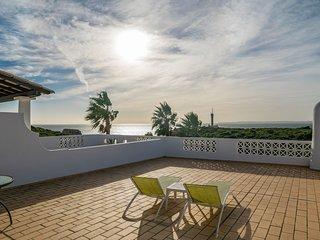 Nau Villa, Ferragudo, Algarve