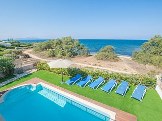 Tugores - villa for 6-8 guests with sea views and private pool in Mallorca north