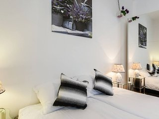 Bagi apartment in old town centre