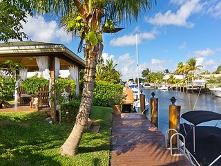 Deerfield Beach Tropical Oasis - Waterfront w/pool