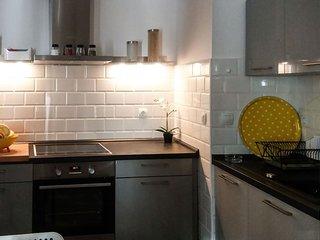 Dinghy Apartment