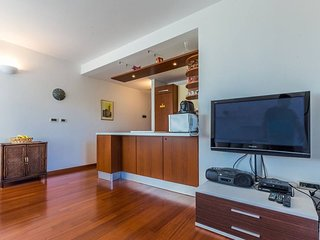 Adriano 2BR apartment with terrace