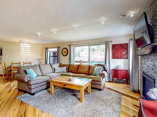 NEW LISTING! Ski-in/out condo w/shared pool, hot tub & sauna-balcony & fireplace