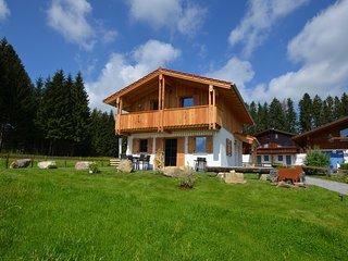 Ferienhaus Allgaugluck mit Sauna, traumhafter Berg- und Seeblick