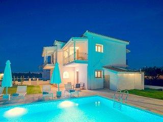 Villa Melograno IV with private swimming pool