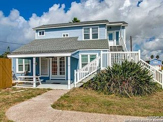 Fabulous 3 bedroom 3 bath home right in the middle of Port A!