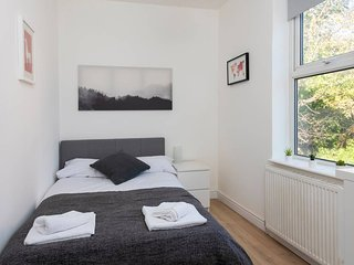 Modern 1BD Apt in West Didsbury