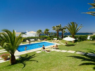 Villa Ventos do Mar I - Delightful 3 bedroom villa with stunning sea views!