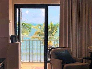 3Parkings!★ PH 2/2 ★ Beachfront★ Top Resort★ View★
