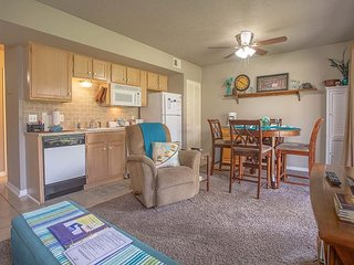 Liberty Place - Adorable 1 Bedroom 1 Bedroom Condo for a quiet escape!