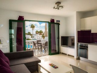 Beautifully renovated 1 Bedroom Apartment in Old Town, Puerto Del Carmen.