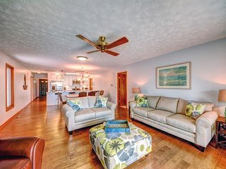 NEW LISTING! Lakefront home w/amazing view, swimming area, dock, kayaks