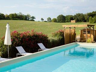 San Rocco Villa with Swimmingpool Pesaro Marche