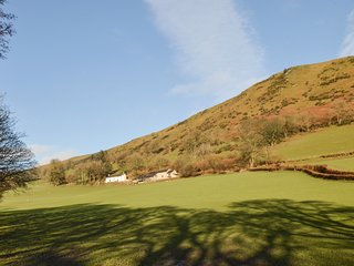 Cwmwr Uchaf: A detached farmhouse, originally built as a hunting lodge WAE283