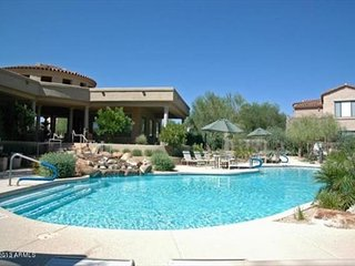 YOU WILL NOT BE DISSAPOINTED! Beautiful spacious living in Grayhawk!