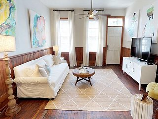 Historic Savannah Vacation Home Perfect for Large Groups