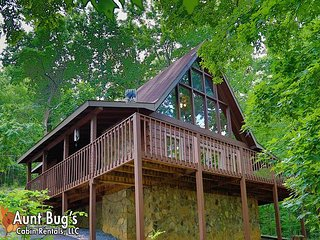 A Secluded Retreat is a private 2 bedroom cabin minutes from Pigeon Forge.