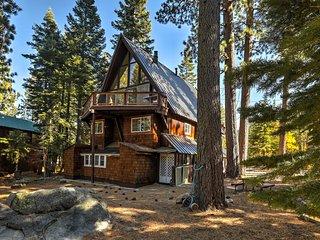 Gorgeous A-Frame Cabin w/Deck - 1 Mi to Lake Tahoe