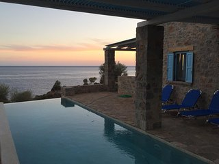 Stone built Villa with breathtaking views of Libyan sea!