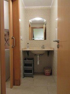 Aseo y cuarto de lavar