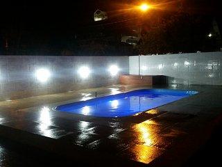 Casa c/piscina 200 metros da praia