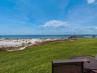 Waterfront, Ground Floor, 1 Bedroom Studio Condo 2-109  'After Dune Delight'
