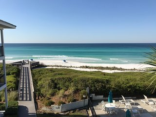 Beachfront Luxury Condo with Heated Pool on Hwy 30A, Dune Allen Beach