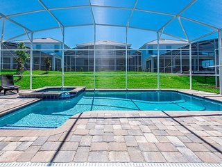 Beautiful brand new 9BD/5BA pool home located in ChampionsGate!