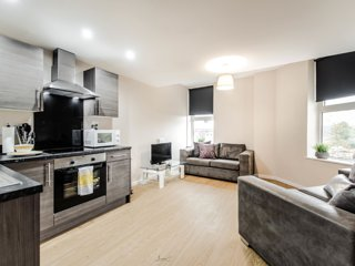Spacious duplex one bedroom apartment in Manchester