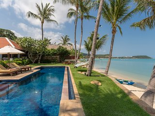 PERFECT BEACHFRONT LUXURY FOR LARGE