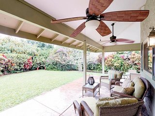 Family home w/ lovely lanai, garden & grill - near golf courses & beaches!