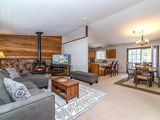 Wooded Seclusion in Truckee – Access to Fabulous Tahoe Donner Amenities
