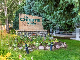 #18 Christie Lodge Amazing Apt
