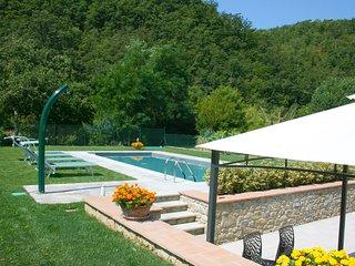 2 bedroom Villa in Salceta-Formicheto-Osteria, Tuscany, Italy : ref 5684675