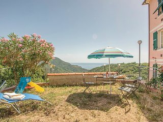2 bedroom Apartment in Bracco, Liguria, Italy : ref 5545655