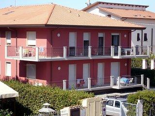 1 bedroom Apartment in Marina di Carrara, Tuscany, Italy : ref 5553136