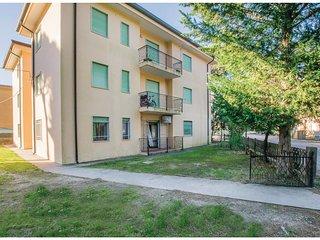 2 bedroom Apartment in Caleri, Veneto, Italy - 5567013